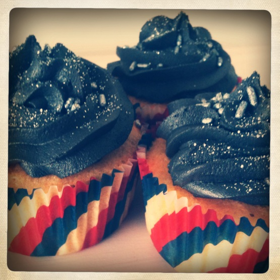 Space cupcakes for the final shuttle launch | London Baking