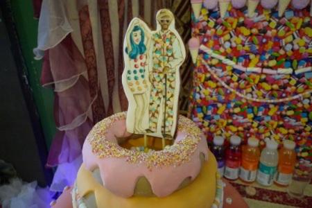 Cakey Perry cake
