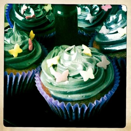 Smashing pumpkin cupcakes 2
