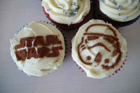 Star Wars Holiday Special cupcakes
