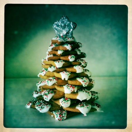 3D Christmas tree gingerbread biscuits